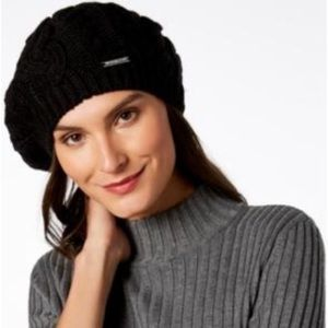 Michael Kors Soft Cable Beret in black